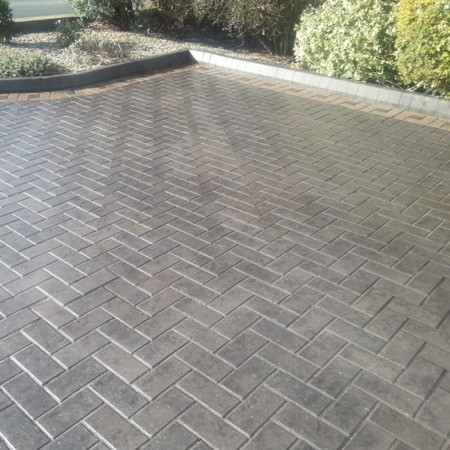 Block Sealer Pavement gloss acrylic drive complete, grey drive with yellow edging