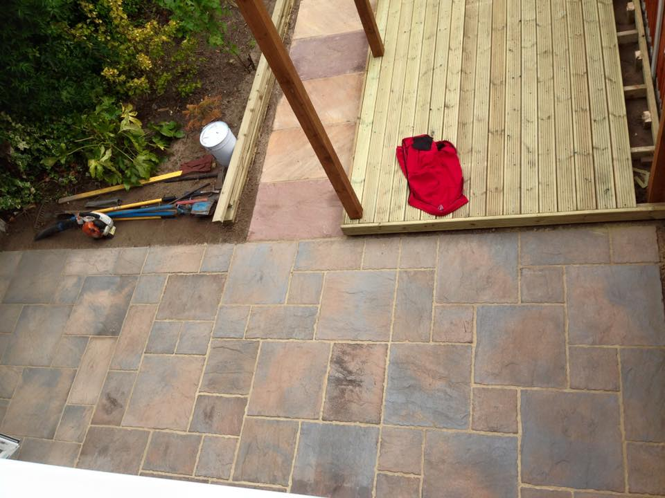 Patio Before sealed with gloss and decking